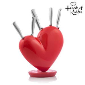 Σετ μαχαιριών με θήκη σε σχήμα καρδιάς